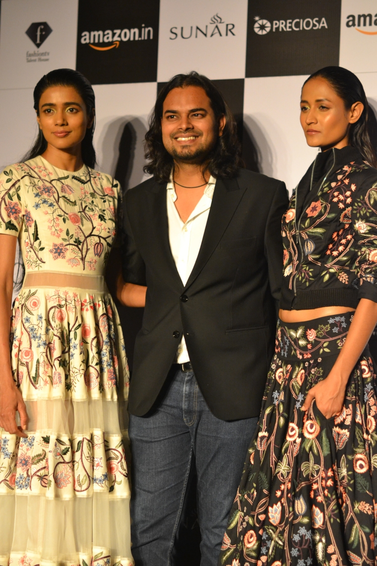 Rahul Mishra with Models at the press conference post his show.